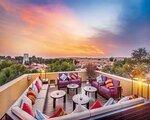 Dubaj, The_Ritz-carlton_Ras_Al_Khaimah,_Al_Wadi_Desert