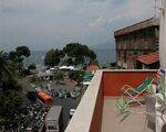 Il Faro, Neapel - namestitev