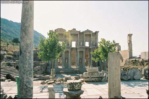 Slika- (C)2004